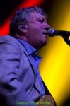 06) Glenn Tilbrook
