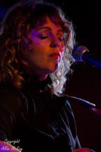 06) Hannah